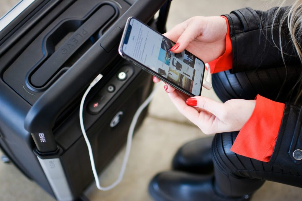 Plevo Smart Luggage Kickstarter