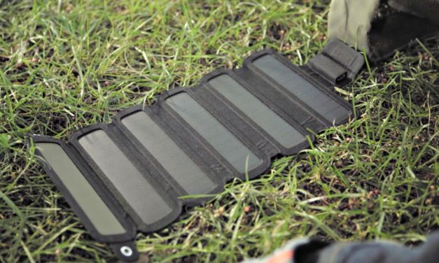 SolarCru – Fully-Rollable & Powerful Solar Panel Charger [Review]